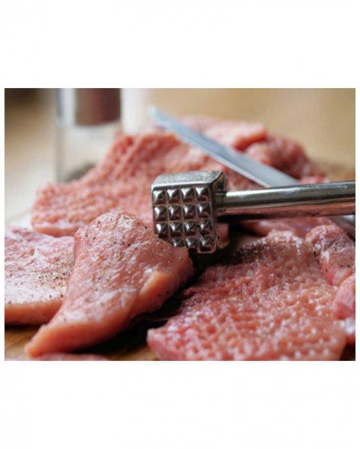 Bromelain meat