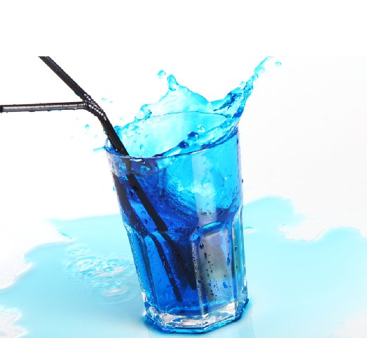 blue-cocktail-with-splashes-isolated-white_Resize